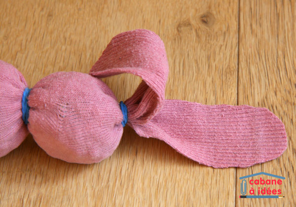 lapin-chaussette-pointes
